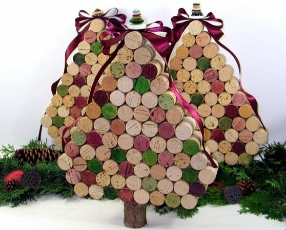16304115natale-addobbi-riciclo-alberi