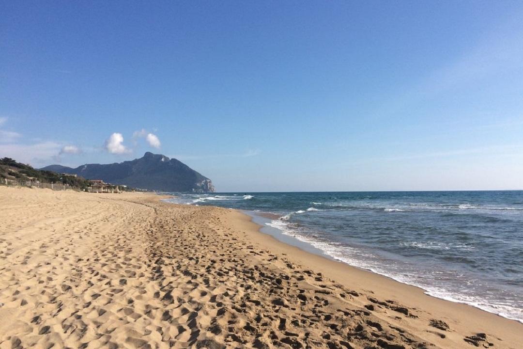 Matrimonio Spiaggia Sabaudia : Sabaudia e lestate plastic free! u2013 dimensione suono roma