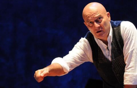 9090-Father-and-Son-Claudio-Bisio-teatro-argentina-roma2