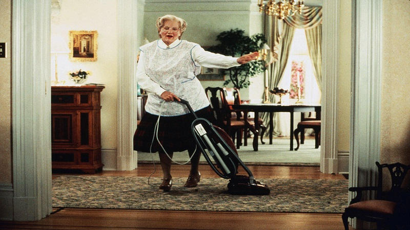 www.kobal-collection.com Title: MRS DOUBTFIRE ¥ Pers: WILLIAMS, ROBIN ¥ Year: 1993 ¥ Dir: COLUMBUS, CHRIS ¥ Ref: MRS017AY ¥ Credit: [ 20TH CENTURY FOX / THE KOBAL COLLECTION ] MRS DOUBTFIRE (1993) ,   January 1, 1993 Photo by Kobal/20TH CENTURY FOX/The Kobal Collection/WireImage.com  To license this image (10597800), contact The Kobal Collection/WireImage.com