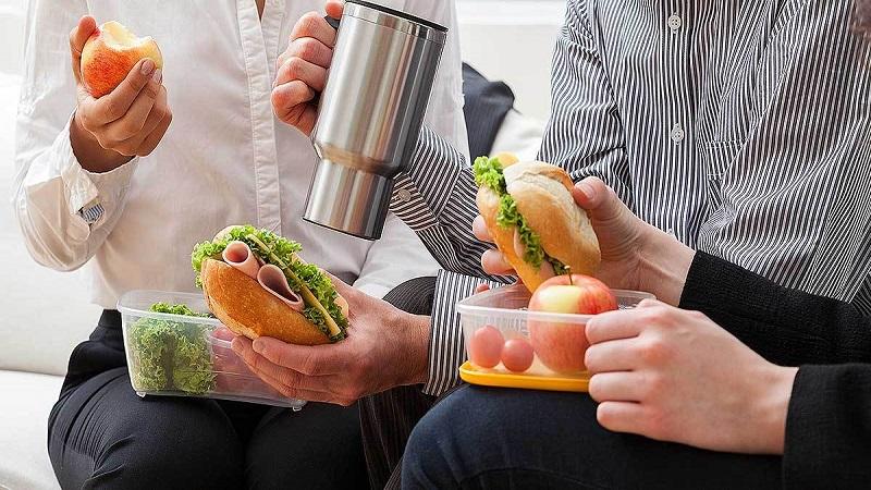Pausa Pranzo Ufficio : Il galateo della pausa pranzo in ufficio dimensione suono roma