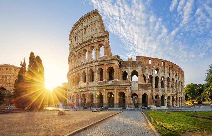 Gare fra poeti moderni la nuova moda dai castelli romani for Secondi romani