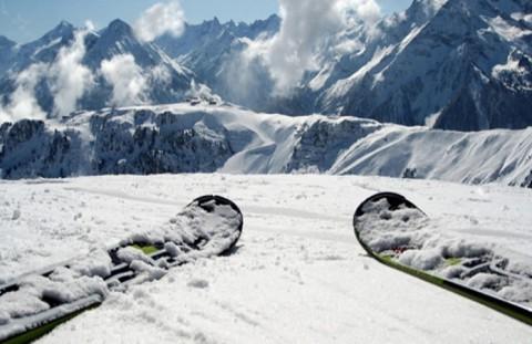 sci-sulla-neve-montagna-16861061_hq